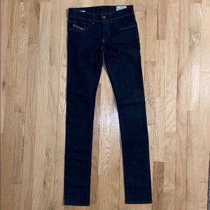 """Diesel women's """"Livier"""" jeans, classic dark wash"""